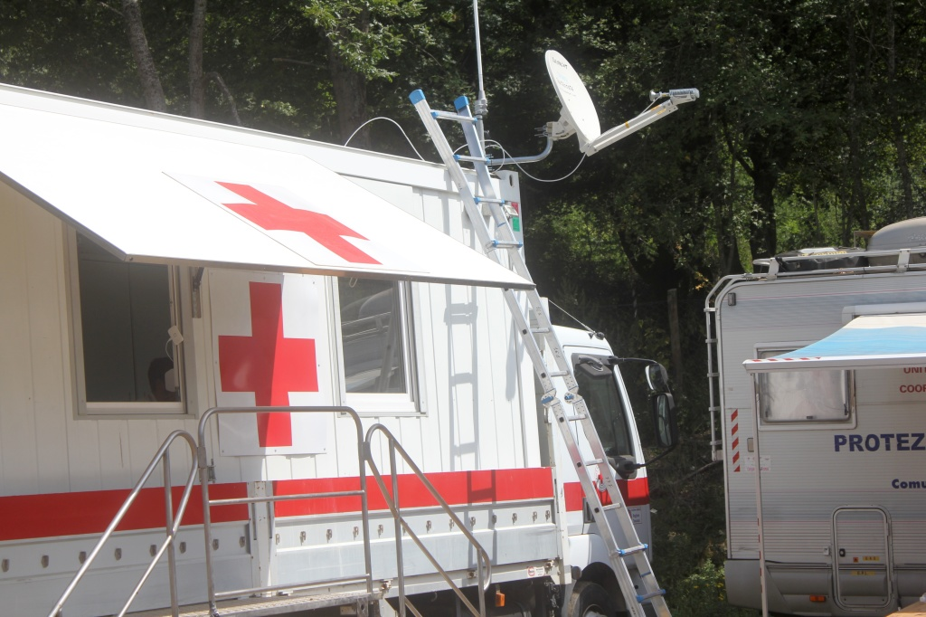 Dish installed on mobile Italian Red Cross unit